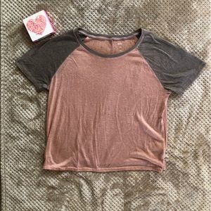 BDG pink and gray t shirt